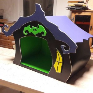 Tim Burton Nightmare before Christmas Doghouse
